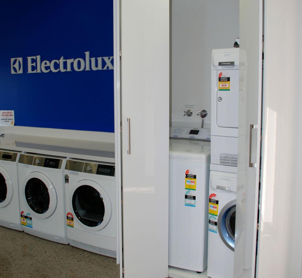 Washing Machine In Kitchen Design: Washing-machine-displaycropped2